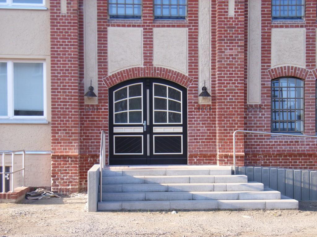 E-Werk Eingang Gemeindehaus